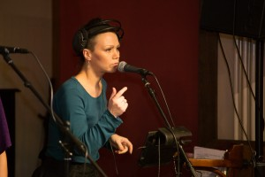 Студийная запись вокалиста, запись джингла.